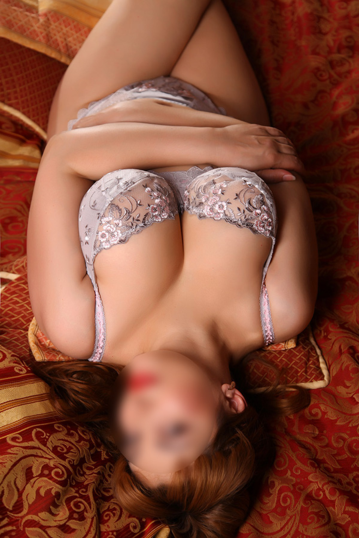 real british escort lingam massage prague